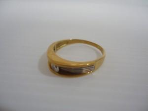 装飾ダイヤ付き18金リング
